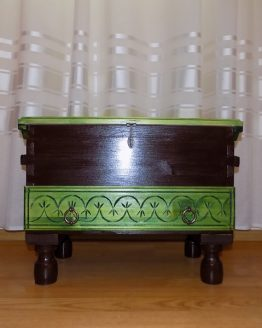 cufar din lemn cu sertar