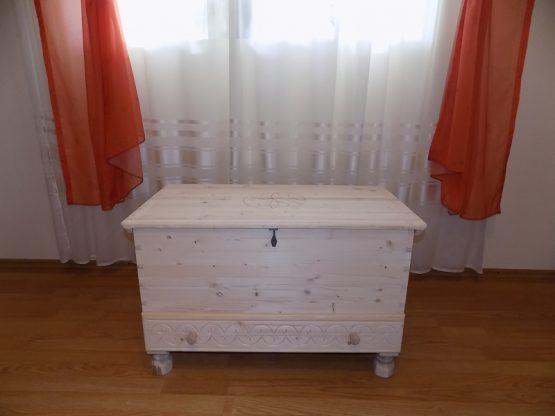 Cufar lemn natur cu sertar