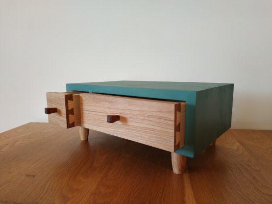 Cutie cu sertare pentru bijuterii